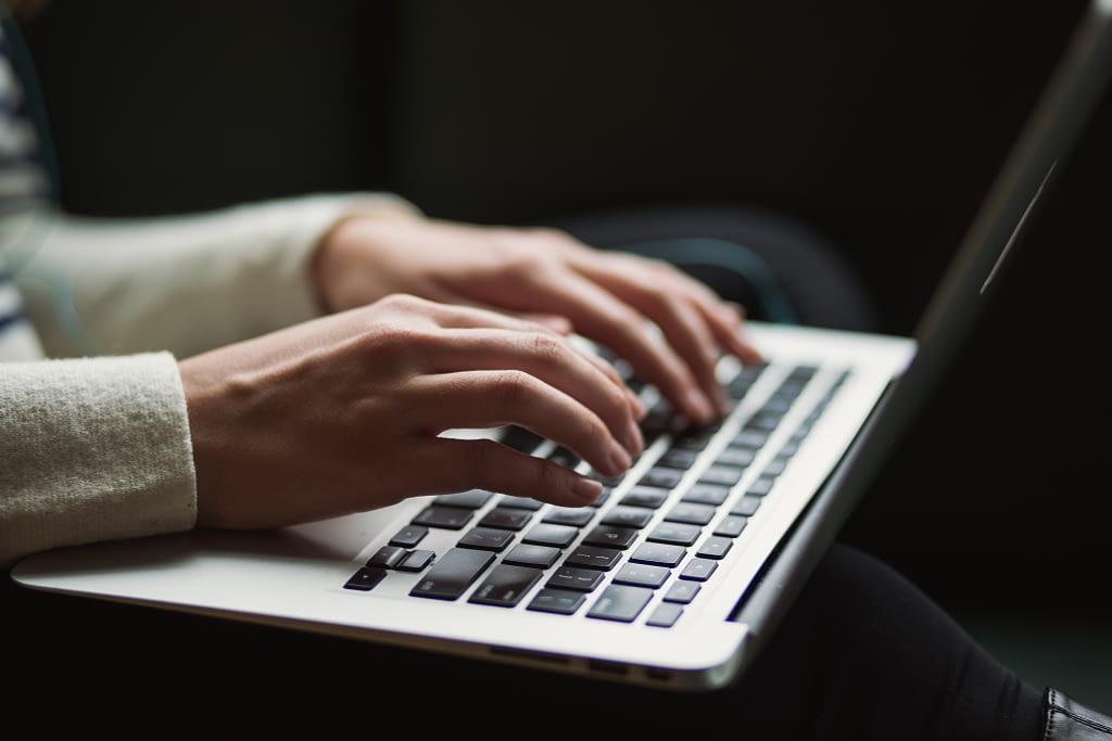 Como escrever para blog: 10 dicas para encantar o seu público